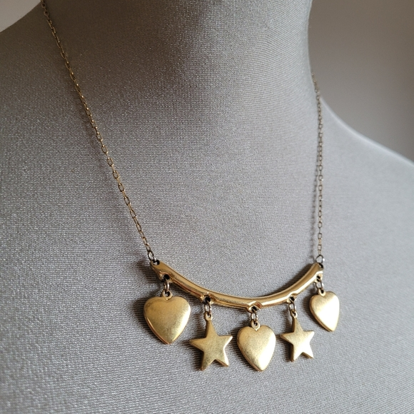 Vtg Gold heart and star charm necklace
